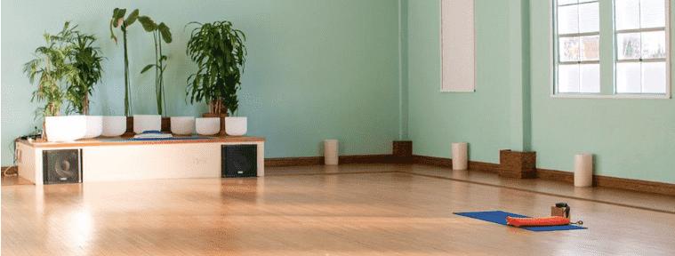 vinyasa yoga, hot yoga, best yoga, best yoga studio, yoga near me top yoga studio, San Francisco, Walnut Creek, barre/sculpt/mat pilates, prenatal yoga